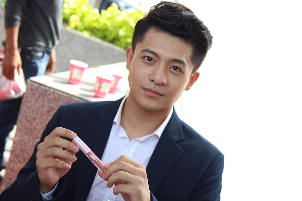 Hary Lu Son tơ